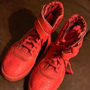 Women's Red Size 7 Pumas